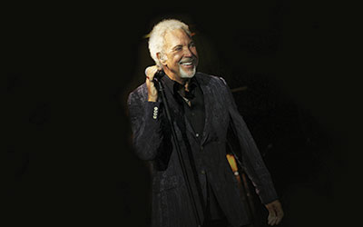 Tom Jones to perform at Powderham Castle and Chester Racecourse